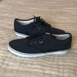 Women's Vans Shoes Size 7.5 Dark Blue